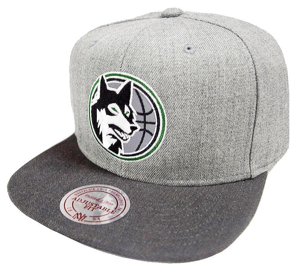 hot sales 89759 a4483 Mitchell   Ness Minnesota Timberwolves HWC NBA Heather Reflective Snapback  Cap Kappe Basecap  Amazon.co.uk  Clothing