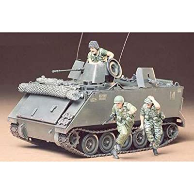 Tamiya 35135 1/35 U.S. M113 ACAV Plastic Model Kit: Toys & Games
