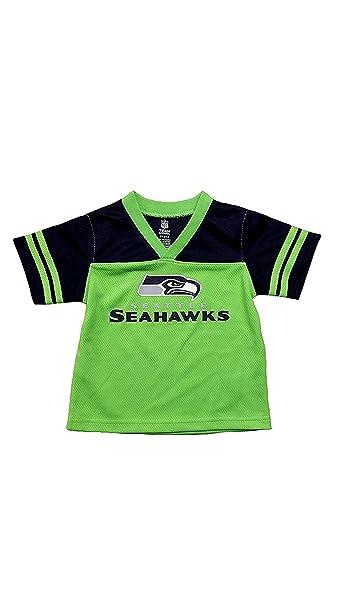 separation shoes 315d4 e58e2 Amazon.com: Seattle Seahawks Green NFL Boys Youth Team ...