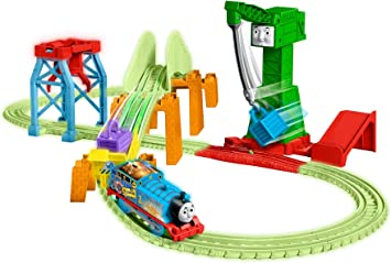 New Thomas /& Friends TrackMaster Multi-Coloured Hyper Glow Track Bucket 2019