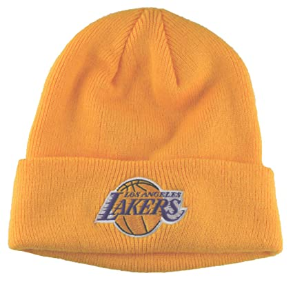 Amazon.com   Los Angeles Lakers Beanie Cuffed Beanie-yellow   Sports ... 336c3a968a6