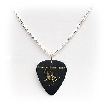 Linkin park chester bennington signature guitar pick plectrum linkin park chester bennington signature guitar pick plectrum black gold 1curb chain aloadofball Image collections