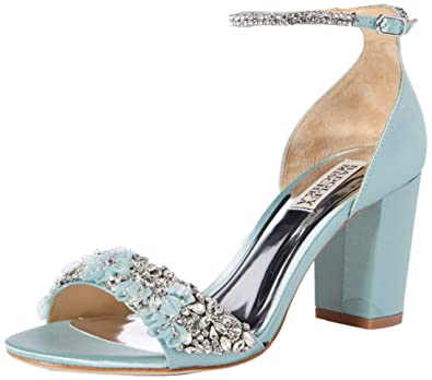 49fe8edd066 Amazon.com  Badgley Mischka Women s Finesse Heeled Sandal  Shoes