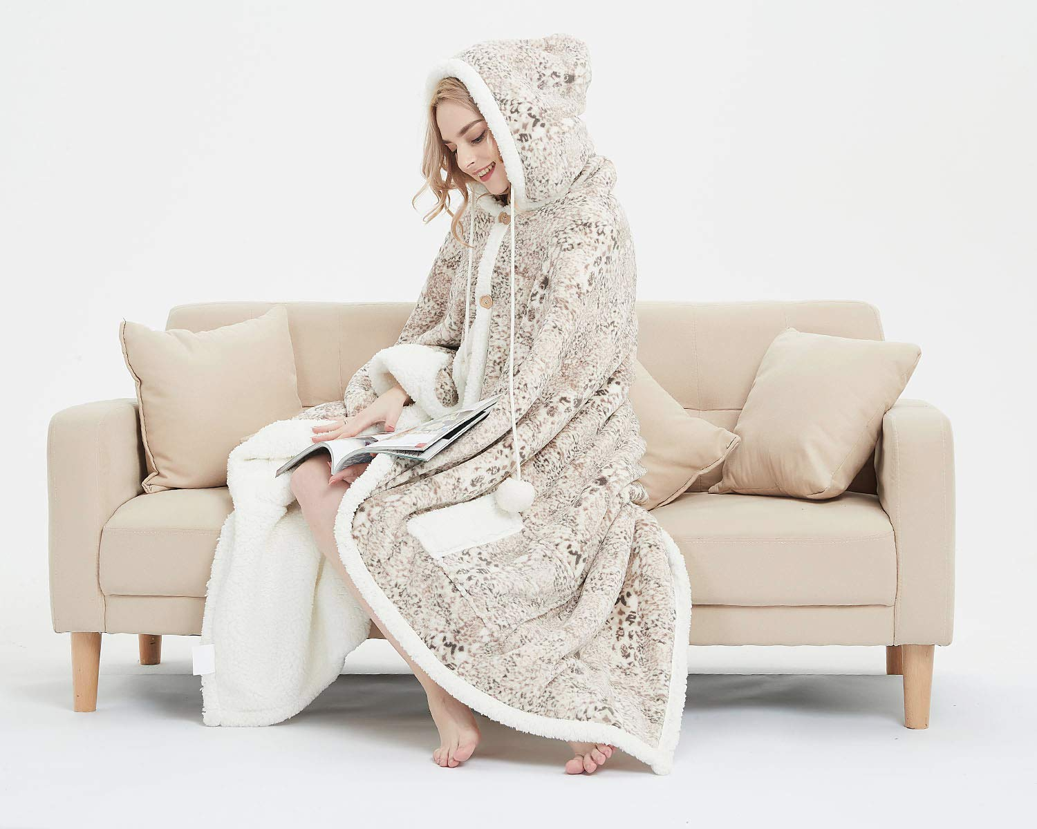 MARQUESS Hooded Throw Robe Wrap Ultra Soft Plush Coral Fleece & Sherpa Wearable Blanket with 2 Pockets Animal Print Chic Lifestyle 51 x 71'' (Cream Point) by MARQUESS