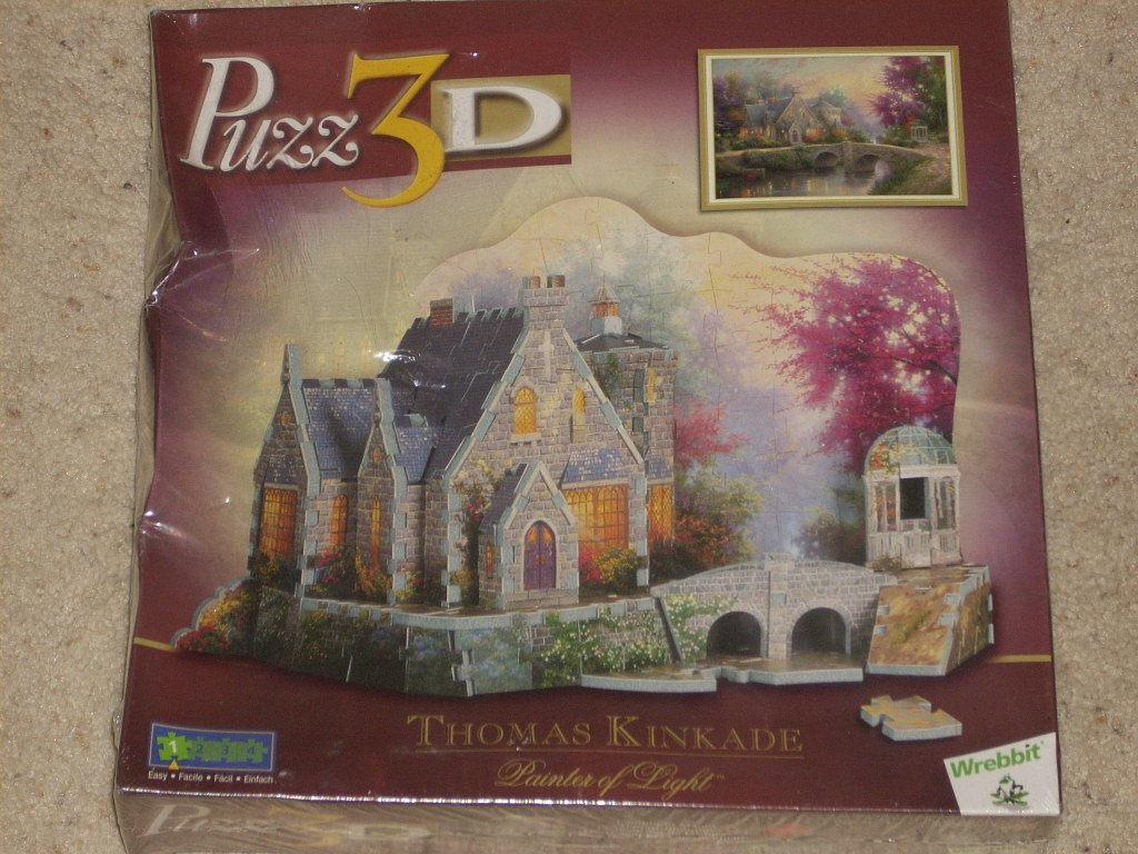 255 pieces Level 1 by Wrebbit Easy Puzz3D by Wrebbit LAMPLIGHT MANOR by Thomas Kinkade