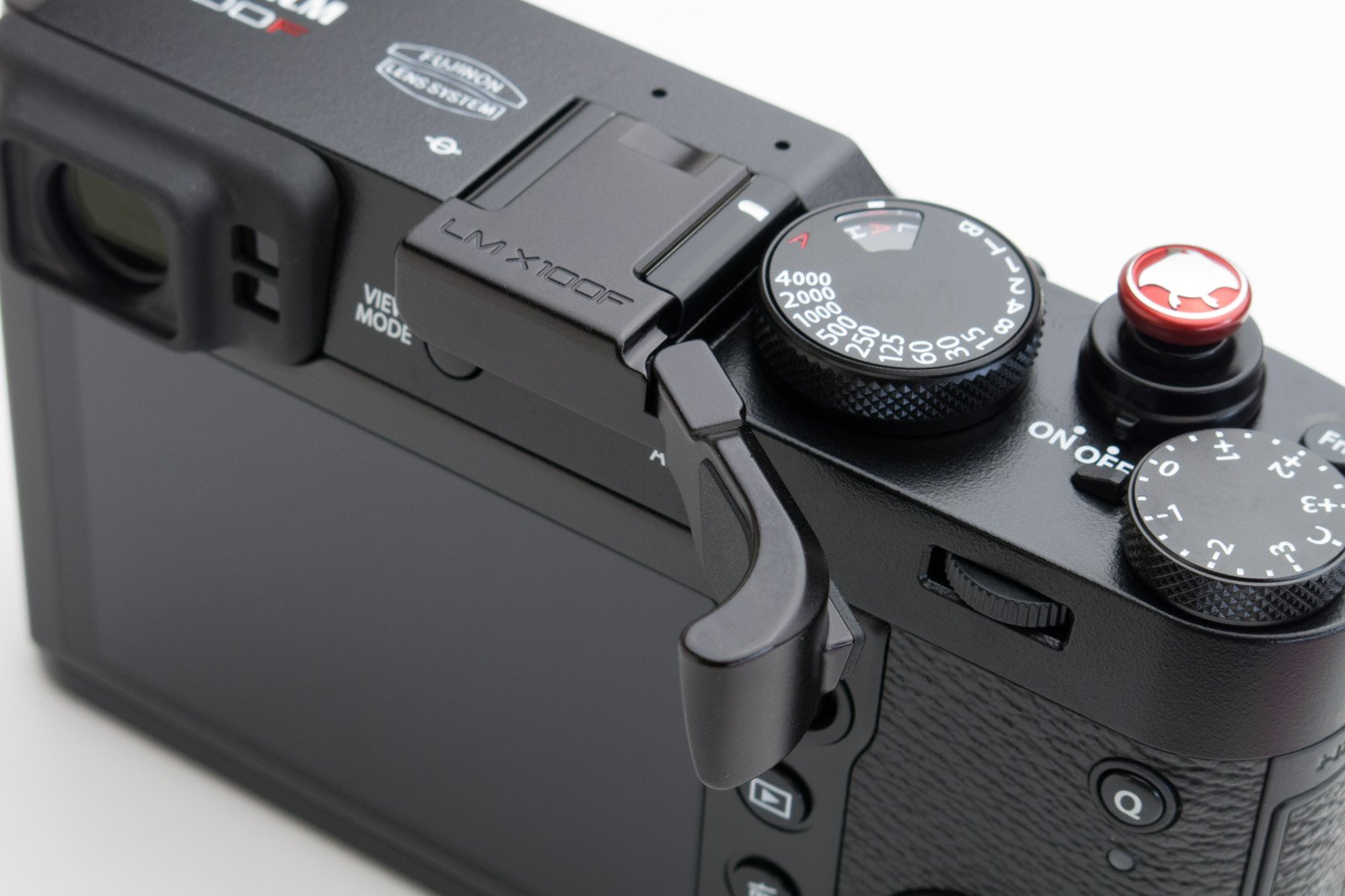 Lensmate Thumb Grip for Fujifilm X100F - Black by Lensmate