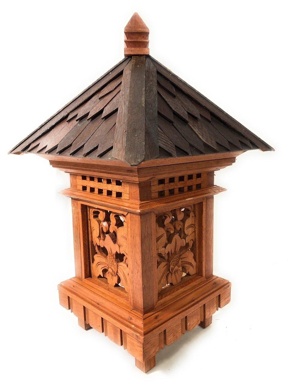 Tikimaster Balinese Lantern 24'' w/Shingle Roof & Carvings | #pdy2700320