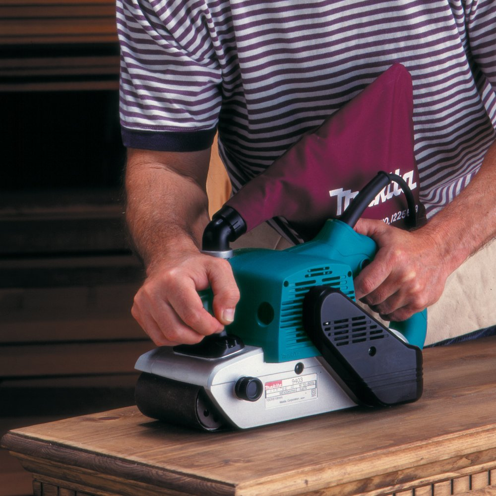 Makita 9403 featured image 4