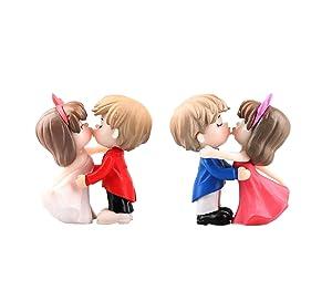 4 Pcs Miniature Couple Figurines Kiss Dolls Landscape Ornaments Romantic Couples Figurines Mini PVC Fairy Garden Bonsai Cake Topper Wedding Dollhouse Decorations