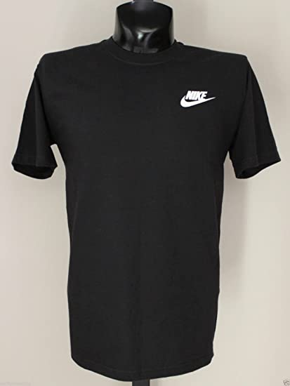seleccione para oficial Nuevos objetos primera vista Amazon.com : Nike Left Chest Futura Logo T-Shirt Small Black White ...