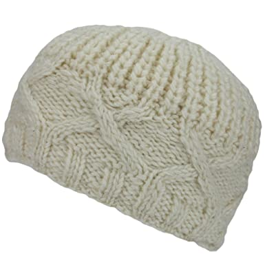 2042c755bd33b Winter White Chunky Cross Cable Knit Beanie Hat  Amazon.co.uk  Clothing