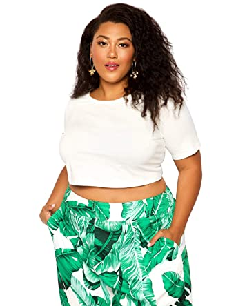 be4914fac Astra Signature Women's Plus Size Scoop Neck Crop Top Summer Short Sleeve T- Shirt at Amazon Women's Clothing store: