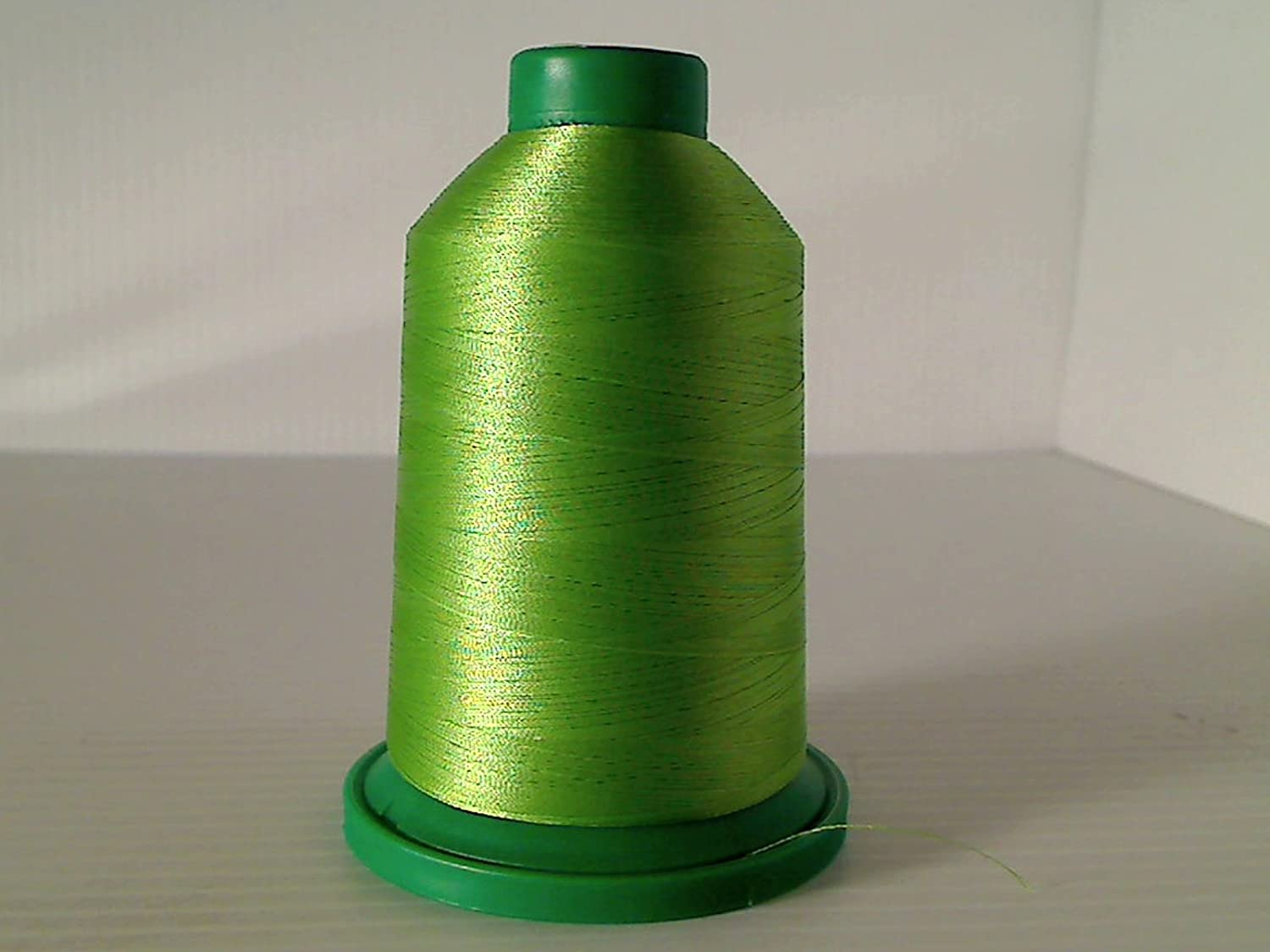 Isacord Embroidery Thread 5000m 5610-5944 5830