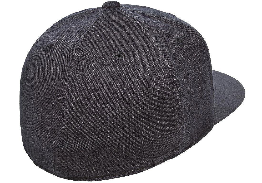 Amazon.com  Flexfit Premium 210 Fitted Flat Brim Baseball Hat  Clothing 221a52f86c04