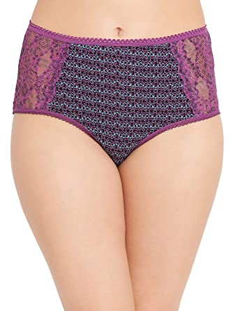 6fd4ca17c3a Clovia Women s Cotton High Waist Printed Hipster Panty with Lace Panel   Amazon.in  Clothing   Accessories