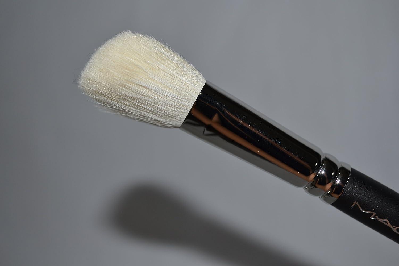 MAC Large Angled Contour Brush, # 168
