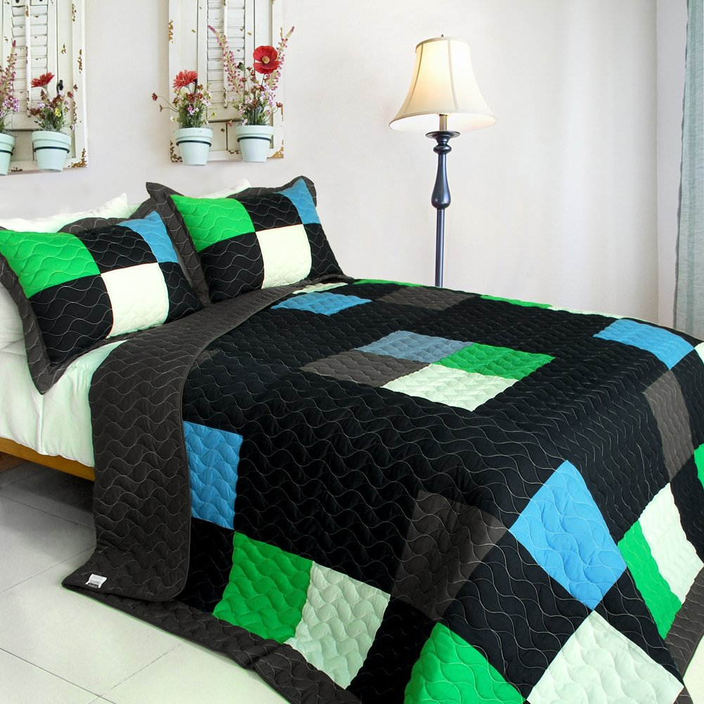 Vermicelli-Quilted Patchwork Plaid Quilt Set Twin