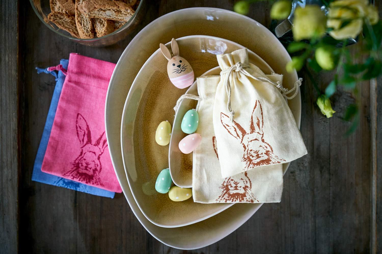 Lot de 10 petits sacs en coton avec motif de lapin cordeli/ère de serrage en coton emballage cadeaux pour Paques hauteur x langeur dimensions 23 x 15 cm anniversaire