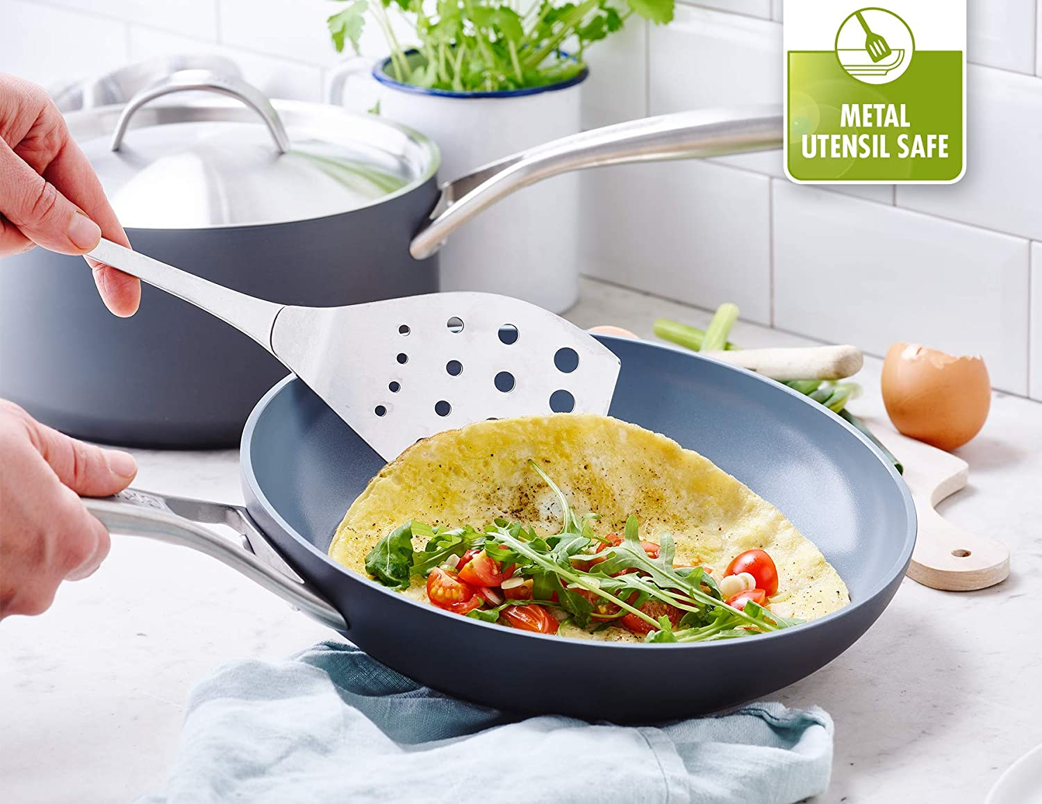 GreenPan Paris 2 Piece Ceramic Non-Stick 8 Inch and 10 Inch Open Frypan Set The Cookware Company CC000043-001