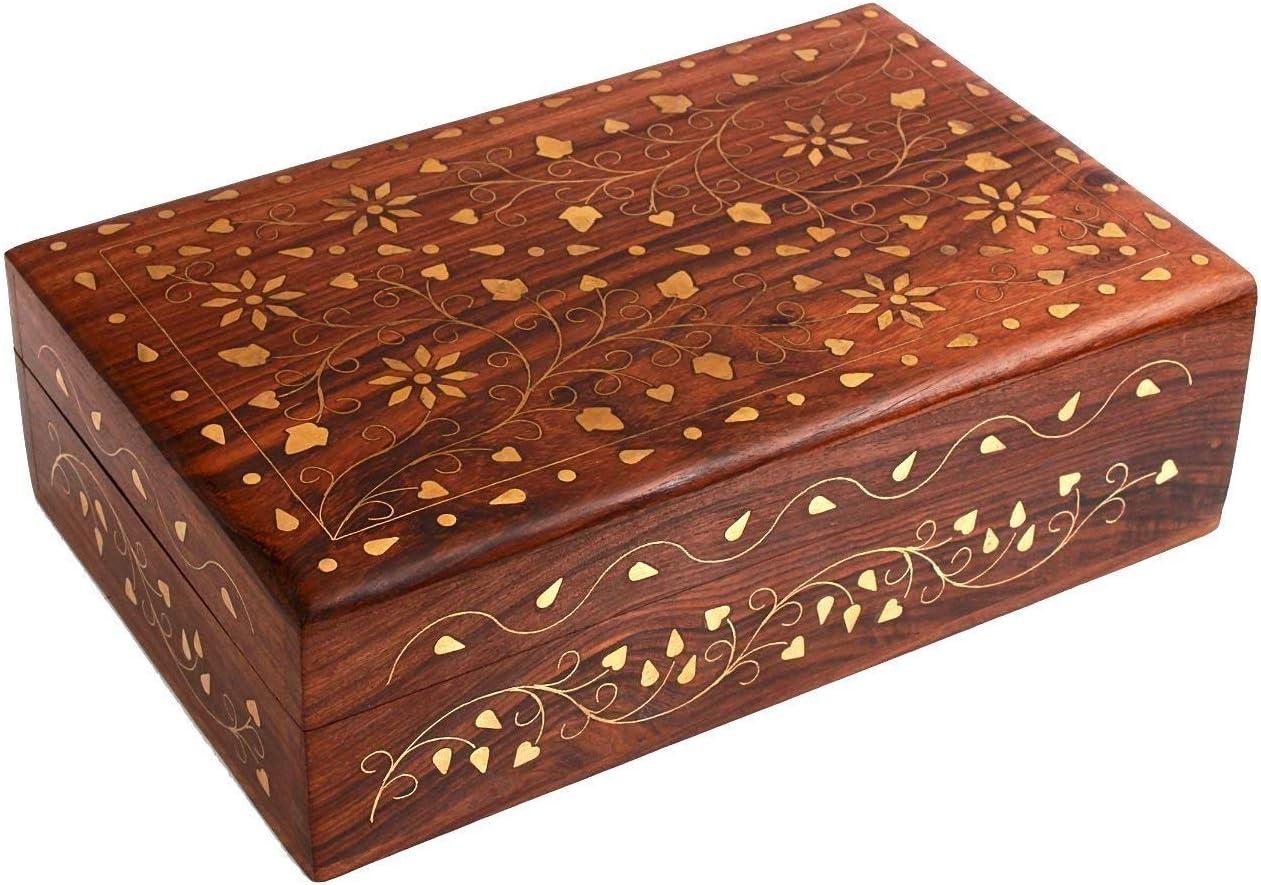 Portagioie decorativo in legno Indus Lifespace realizzato a mano con intagli floreali ispirati a Mughal e fiore intarsiato in ottone
