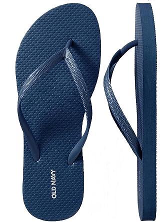 b079787e4ec Amazon.com  Old Navy Women Beach Summer Casual Flip Flop Sandals ...