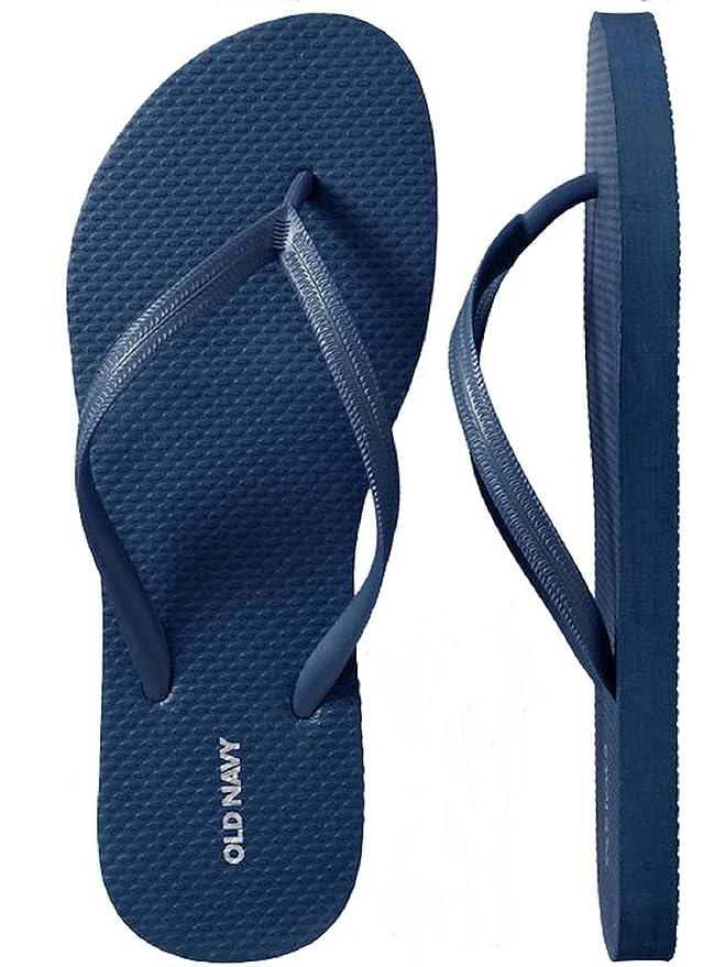 323f8d21c45e Amazon.com  Old Navy Women Beach Summer Casual Flip Flop Sandals  Clothing