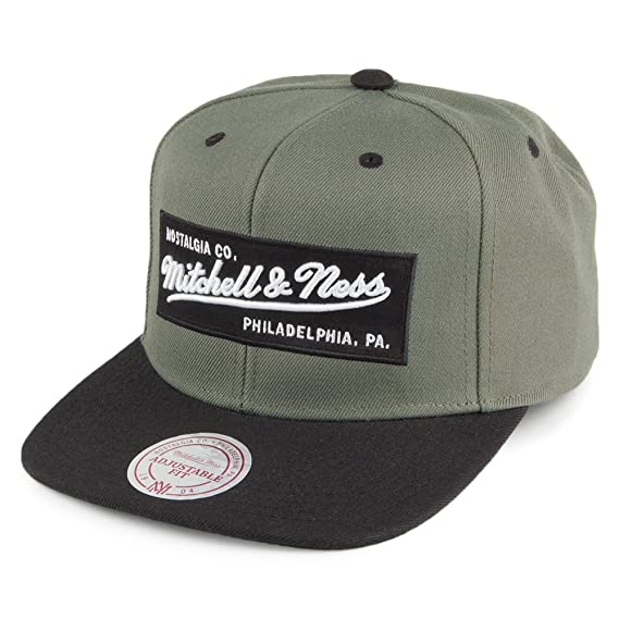3e69c118aa9 Mitchell   Ness Men Caps Snapback Cap Box Logo  Amazon.co.uk  Clothing
