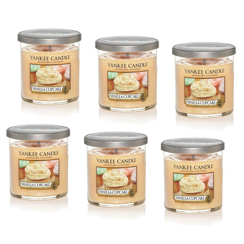 Yankee Candle Company Vanilla Cupcake 7-Ounce Tumbler Candle, Small, Set of 6 by Yankee Candle (Image #1)