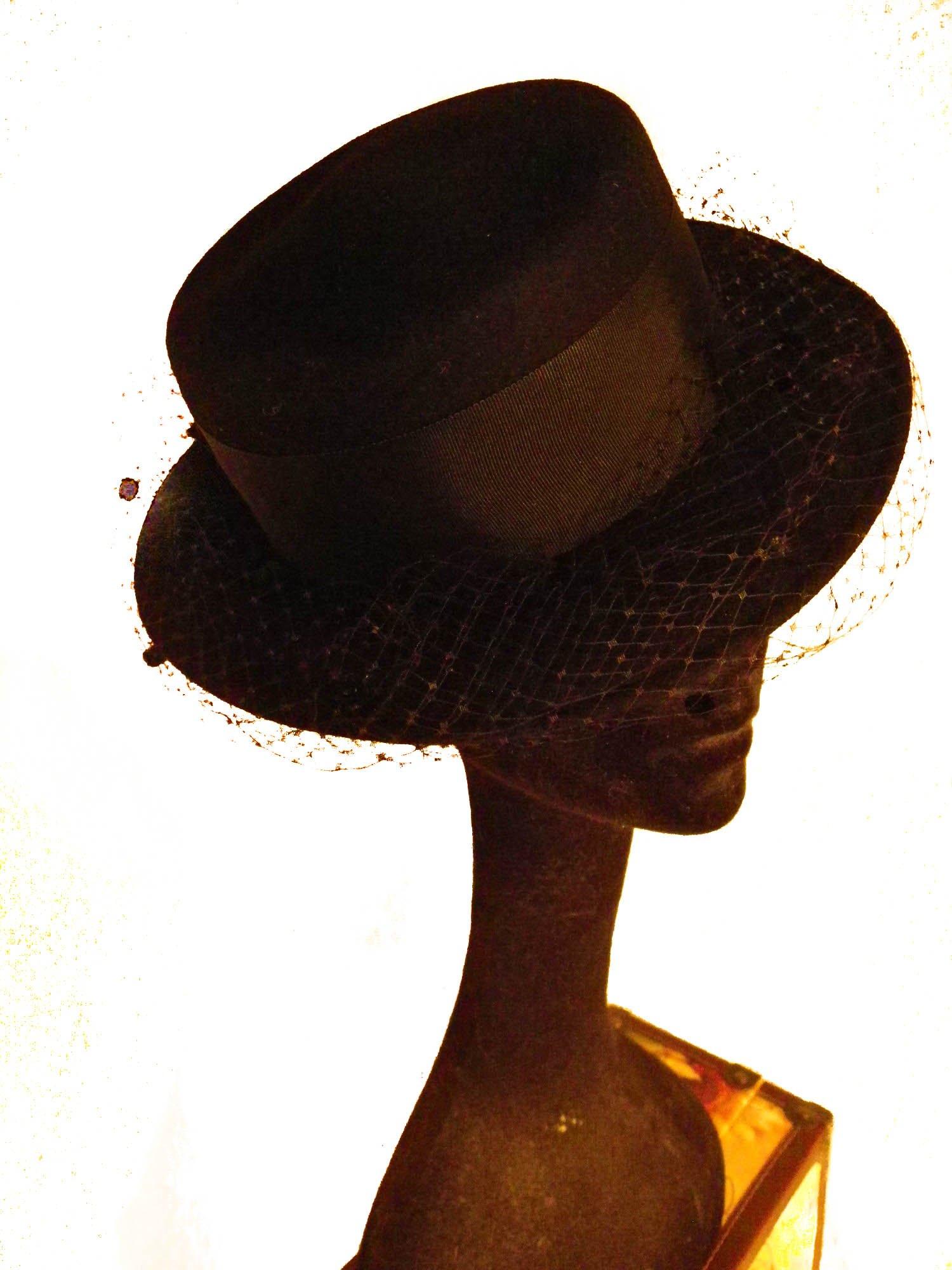 Black Wool Felt Hat With Veil, Equestrian Elegance