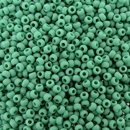 8g 110 TOHO ROUND Opaque Lustered Turquoise Seed Bead