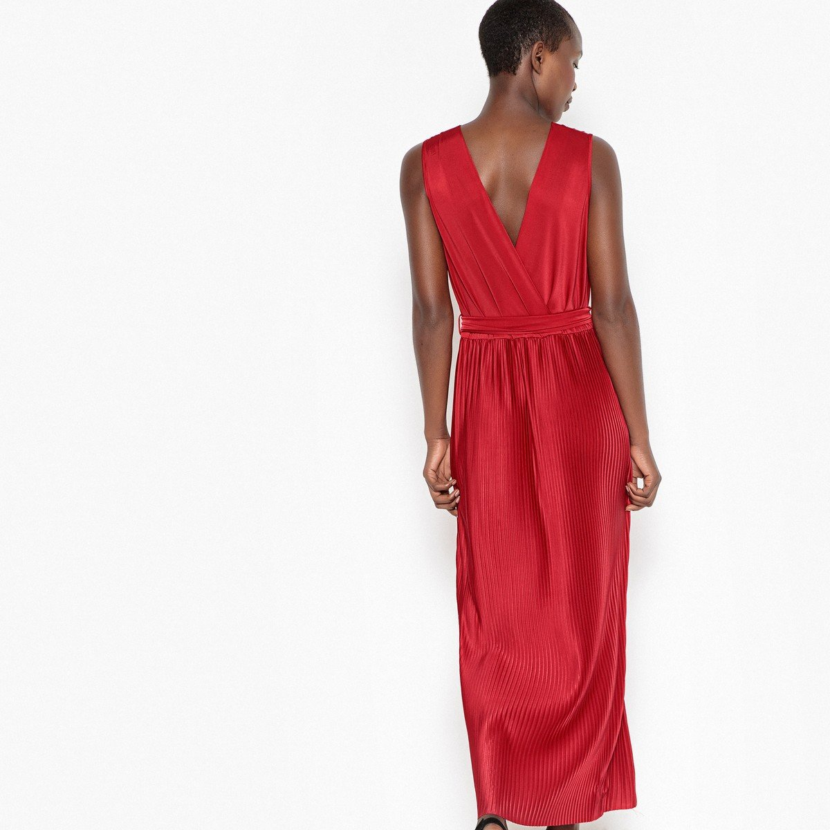 La Redoute Collections Womens Low V-Neck Pleated Maxi Dress at Amazon  Women s Clothing store  dd69d2dc2