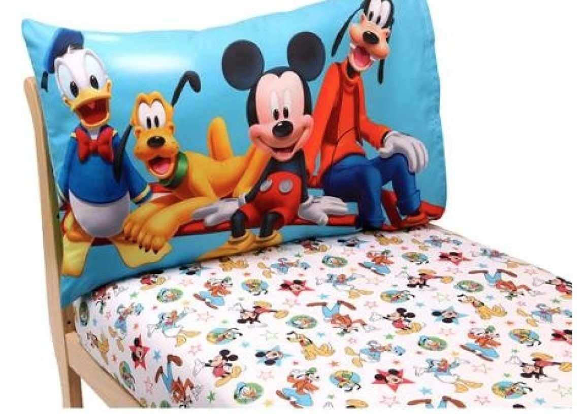 amazoncom mickey mouse toddler bedding 2piece toddler sheet set pillowcase and fitted sheet disney mickey mouse playground pals theme baby