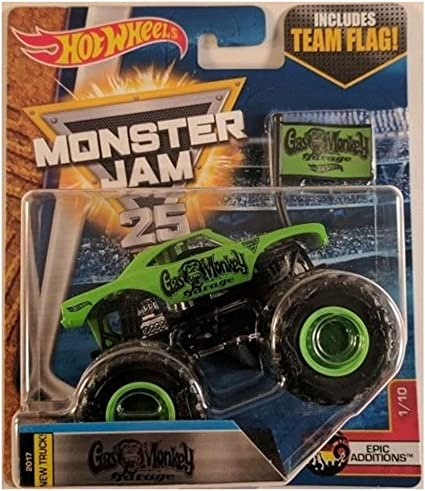 Amazon Com Hot Wheels Monster Jam 1 64 Gas Monkey Garage With Team Flag Gmg Tv Show 2017 Toys Games
