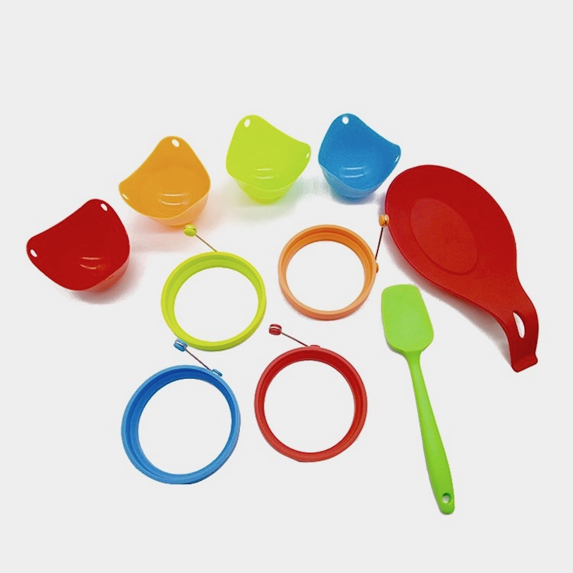 Silicone Egg Rings Non Stick, Pancake Mold (4) + Silicone Egg Poacher Cups (4) + Silicone Spatula (1) + Silicone Spoon Holder (1), Comfortable, easy to clean, non-toxic, BPA Free, SET 10