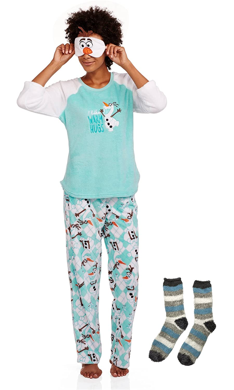 ff46d71e9f Amazon.com  Disney Frozen Olaf Women s 4 Piece Plush Fleece Pajama Set  (Small  4-6)  Clothing