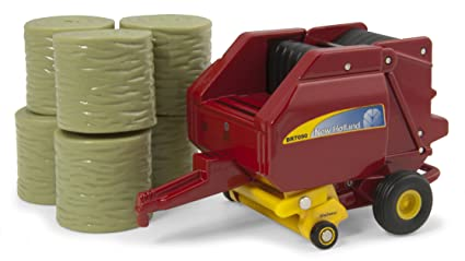 Ertl New Holland BR7090 Round Baler And Bales, 1:64 Scale