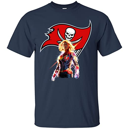 5bc59d834 Amazon.com  Captain Marvel Tampa Bay Buccaneers NFL Fan Tshirt  Clothing