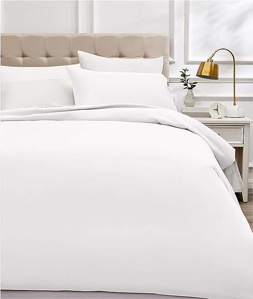 AmazonBasics - Juego de funda nórdica de satén de algodón de 400 hilos - 200 x 200 cm/ 50 x 80 cm x 2, Blanco: Amazon.es: Hogar