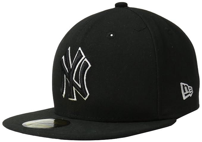 8213dbd2 Amazon.com : MLB New York Yankees League Basic Wool Cap, Black : Sports Fan Baseball  Caps : Clothing