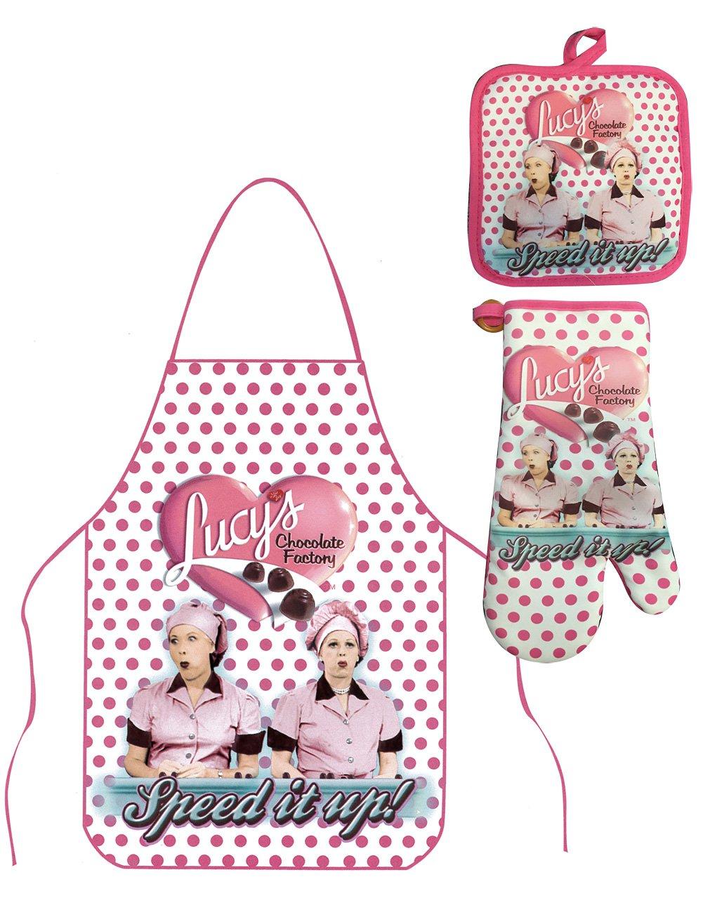 Johnson & Smith (Set) I Love Lucy TV Show Chocolate Factory Apron, Oven Mitt & Potholder