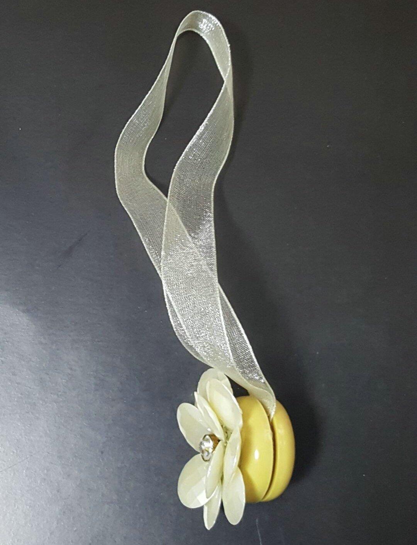 EleCharm 1 Pair Magnetic Drapery Tiebacks Clip Resin Milk White Flower Curtain Buckle by EleCharm (Image #6)