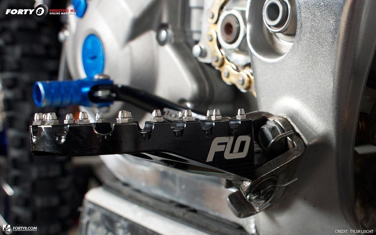 Flo Motorsports Black Kawasaki Kx65/80/85/100 Foot Pegs Fpeg-797blk by Flo Motorsports (Image #4)