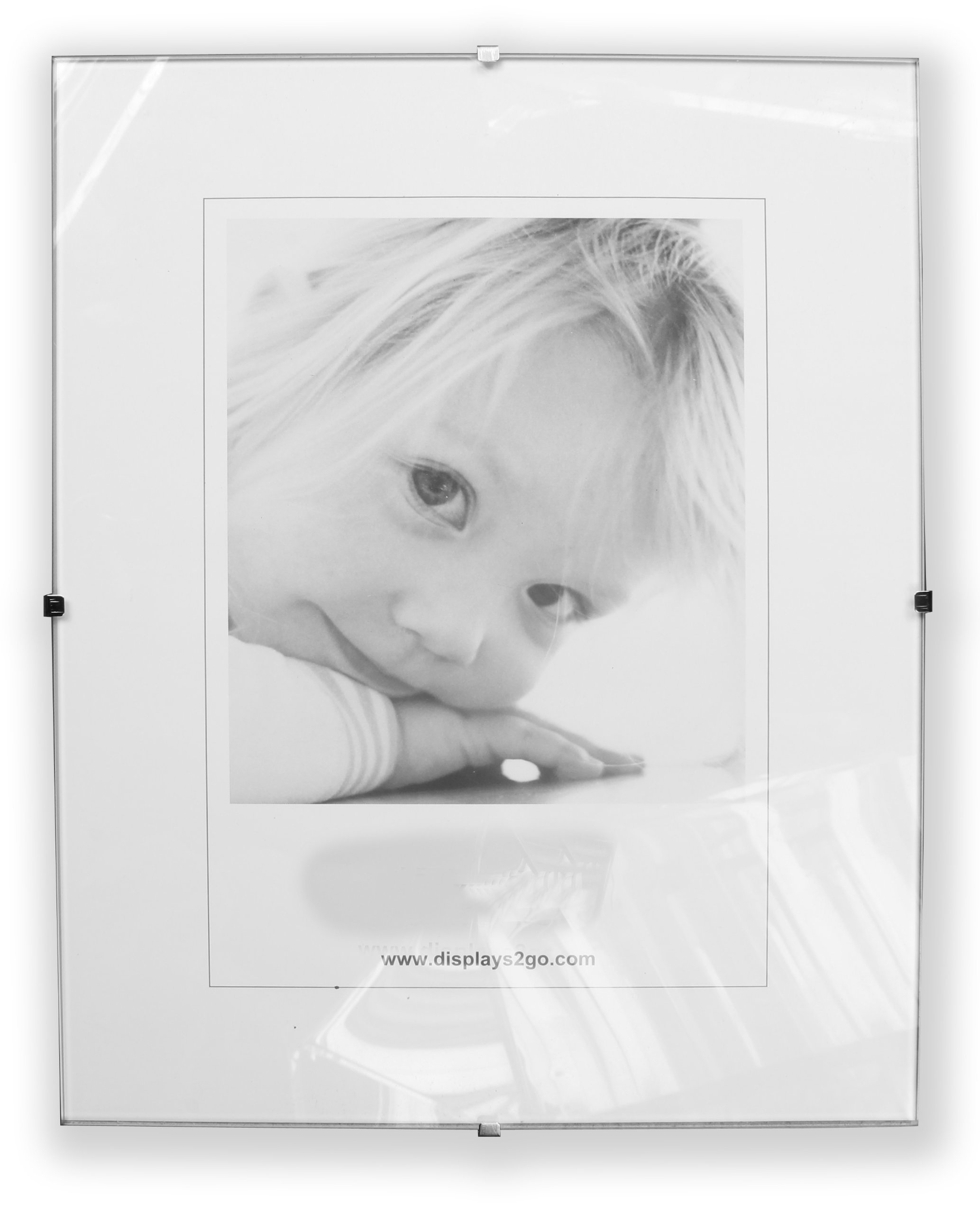 Displays2go Clip Frame with Tempered Glass and Frameless Design, 15.75 by 19.75-Inch by Displays2go
