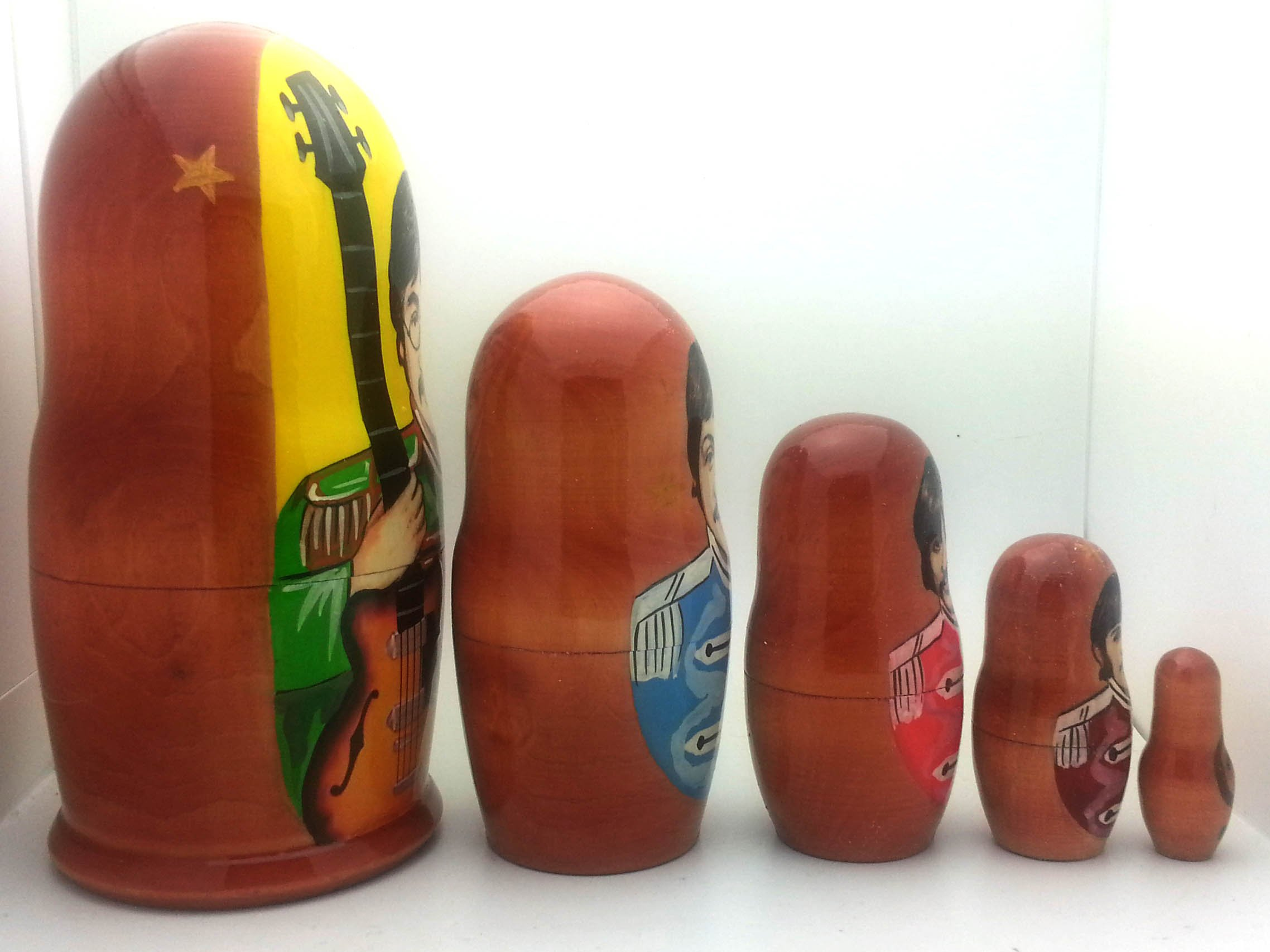 Beatles Sergent Pepper Russian Nesting dolls 5 piece DOLL Set 7'' by The Beatles (Image #3)