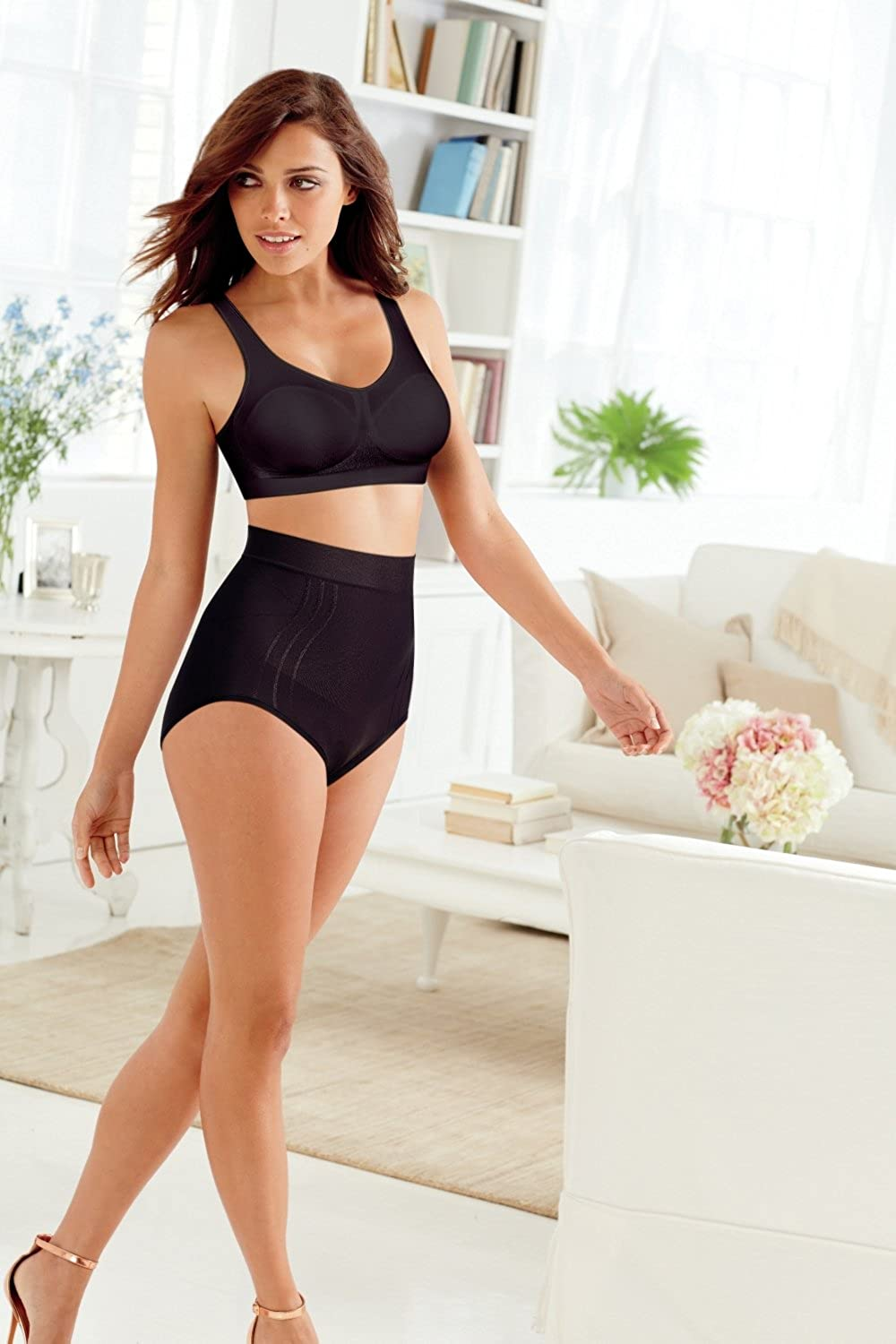 Bali Womens Comfort Revolution Wirefree Bra with Smart Sizes