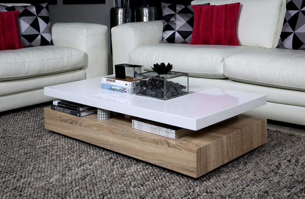 Lifestyle4living Couchtisch in Weiß Hochglanz lackiert  Sofatisch in Sonoma-Eiche-Dekor  Tisch ist 117 cm breit