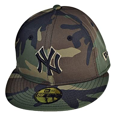 New Era New York Yankees 59Fifty Men s Fitted Hat Cap Camo Black 70387062  (Size c36c7ef82f0