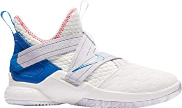best service 35b61 a95e5 Nike Kids' Grade School Lebron Soldier XII Basketball Shoes (5 Y US, White