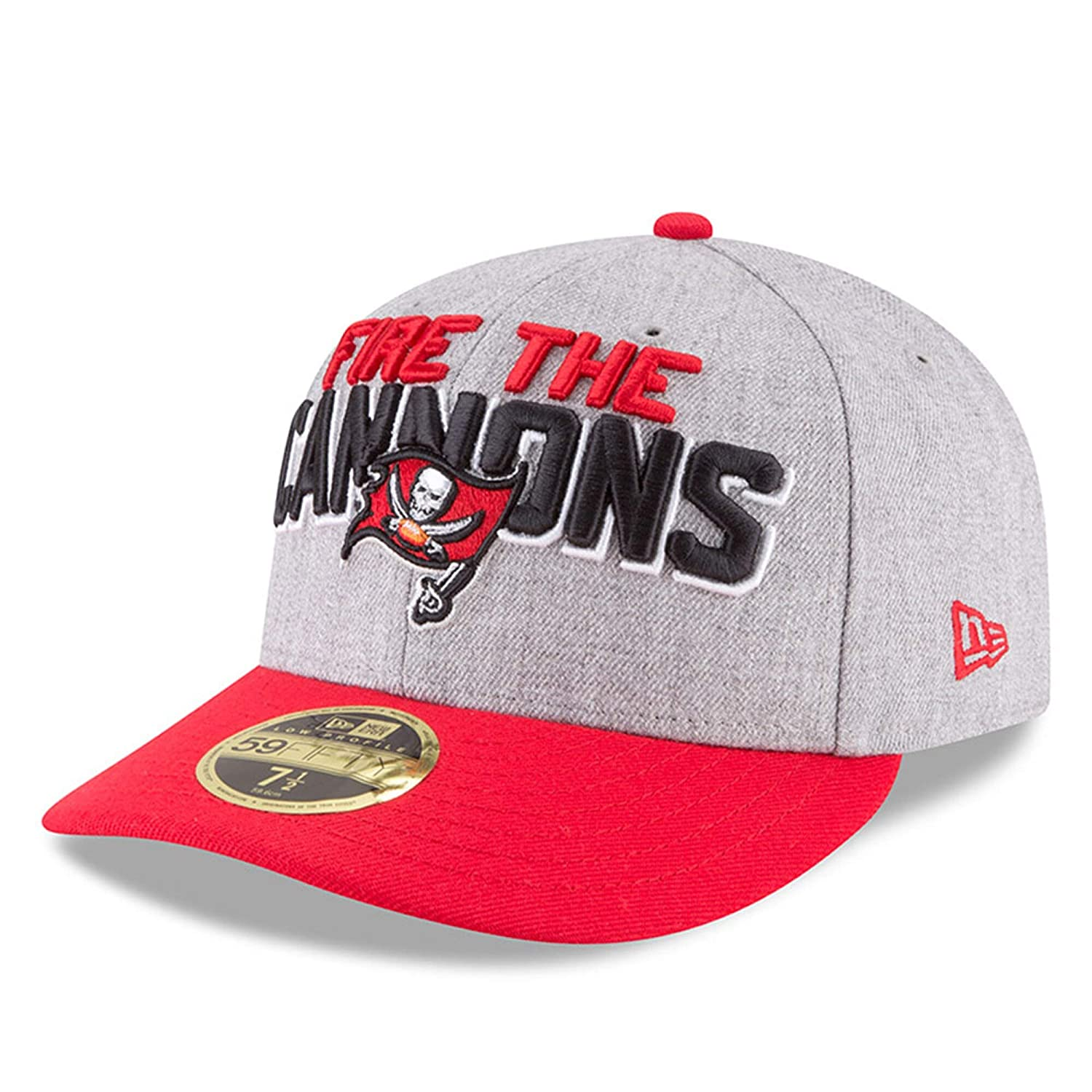 super popular 8fa0a b79e4 Amazon.com   New Era Tampa Bay Buccaneers 59Fifty Low Profile On Stage  Draft Fitted Hat (Size 8)   Clothing