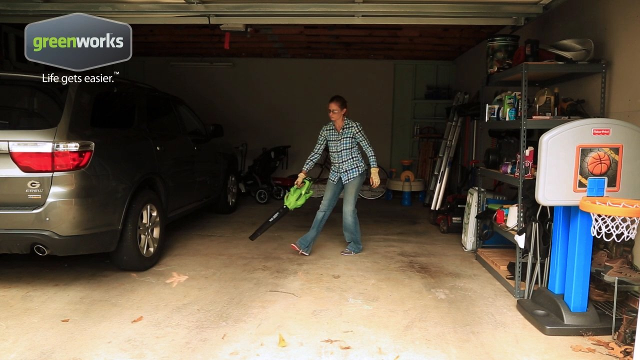 Greenworks 40V 185 MPH Variable Speed Cordless Blower Vacuum, 4.0 AH Battery Included 24322 by Greenworks (Image #9)